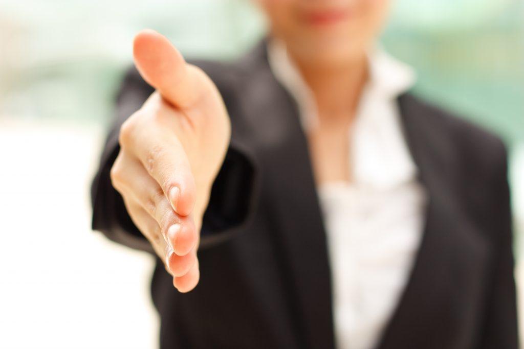woman-entrepreneur-handshake